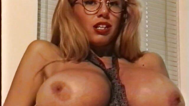 Superbe exemple de pipe CFNM film porno amateur francais gratuit