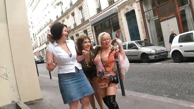 Petite Brunette AR Interracial Sloppy film x en ligne gratuit Face Fucking