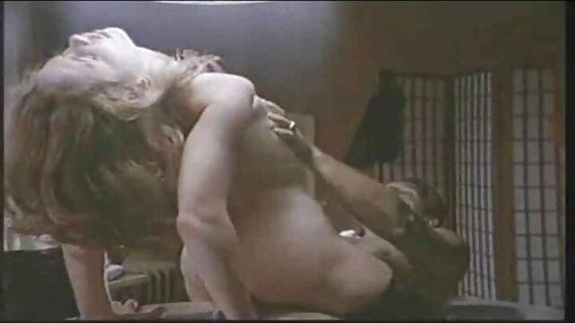 Jolie fille gros cul rond pâle petits film x francais amateur gratuit seins chatte rasée